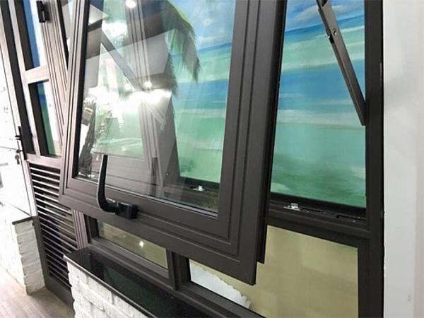 Cửa khung nhôm kính cao cấp Xingfa - 2 đường gân gia cường