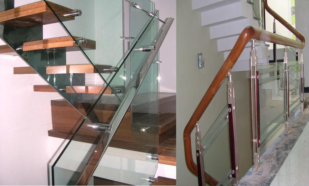 Cầu thang kính chân trụ inox 2 nẹp gỗ