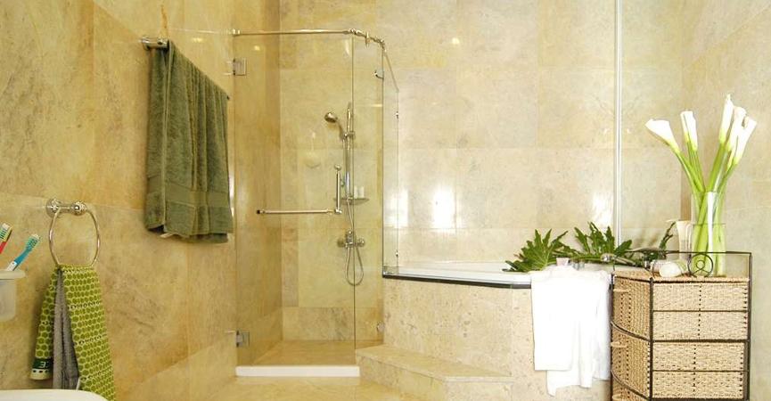 Vách kinh phòng tắm